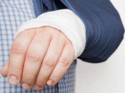 A törött kis ujj jelei a lábán - Könyök