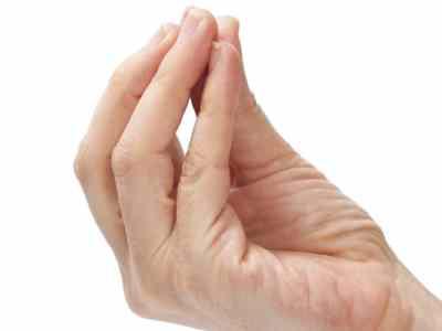 fájdalom az ujjak ízületeiben sérülés után)
