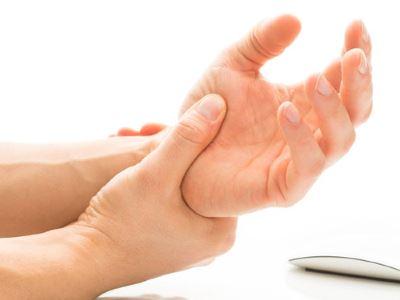 kéz sérülések ízületek)