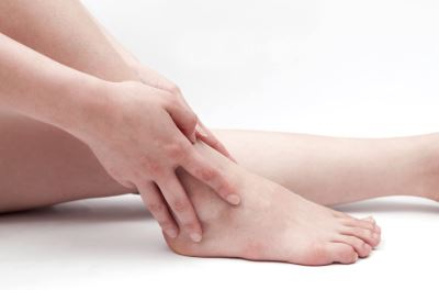 a láb ízületi fájdalmaitól)