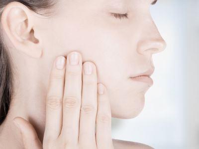 Összegyűjtöttük a fogínygyulladás tüneteit és figyelmeztető jeleit | parodontax