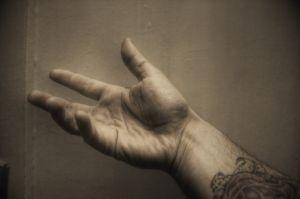 fájó lábízületek zsibbadt ujjak